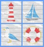 导航灯塔、游艇,海鸥和lifebuoy 免版税图库摄影