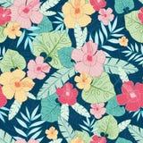 导航热带与热带植物、叶子和木槿花的夏天夏威夷无缝的样式 伟大在假期 免版税库存图片