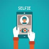 导航selfie制造过程的概念与流动小配件的在平的样式 免版税图库摄影