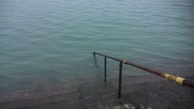 导致海的步在都伯林 库存图片