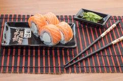 寿司卷用棍子 免版税库存照片