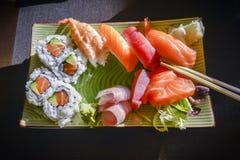 寿司和生鱼片集 免版税库存照片