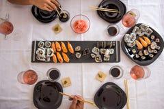 寿司和nigiri板材准备好午餐 免版税库存图片