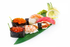 寿司在白色背景隔绝的Nigiri 免版税库存图片