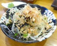 寿司在餐馆的开胃菜特写镜头 免版税图库摄影