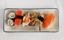 寿司盛肉盘 免版税库存图片