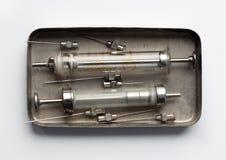 射入的玻璃注射器 免版税库存图片
