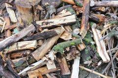 射击的熔炉木头 堆点燃的烤箱,格栅木头 免版税图库摄影