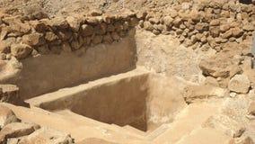 射击礼节浴在qumran,以色列