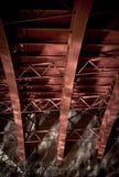 射线钢桥梁的反映 免版税图库摄影