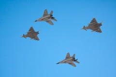 射击北约波儿地克的空军宪兵飞机 免版税库存照片