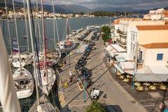 射击从帆柱的顶端在航行赛船会第16 Ellada期间 免版税图库摄影