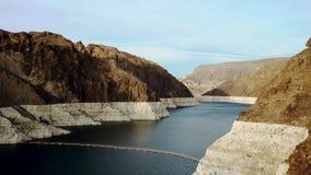 射击科罗拉多河在胡佛水坝附近 股票视频