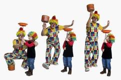 小丑做trics 免版税库存图片