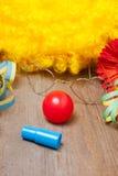 小丑服装的器物 免版税库存照片
