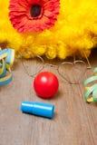 小丑服装的器物 免版税库存图片