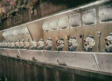 小丑水枪比赛葡萄酒 免版税库存图片
