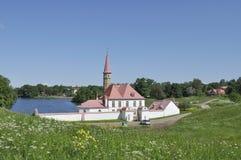 小修道院宫殿在一6月天 gatchina俄国 库存图片