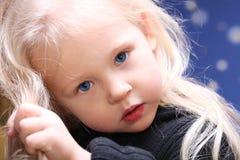 小儿童女孩少许纵向 免版税库存照片