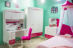 小公主的卧室有机盖的 库存照片