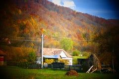 小农村房子在一个老村庄 库存图片