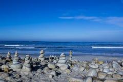 小卵石和岩石堆, 17英里驱动 库存照片