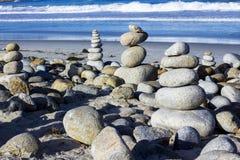 小卵石和岩石堆, 17英里驱动 免版税库存照片