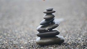 小卵石金字塔。 股票视频