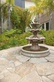 小后院庭院喷泉圣地亚哥加利福尼亚 免版税库存图片