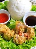 小圆面包中国饺子蒸了 免版税库存图片