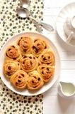 小圆面包用葡萄干 库存图片