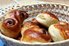 小圆面包露西娅st瑞典甜点 免版税图库摄影