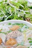 小圆面包cha加州或越南米细面条 免版税库存照片
