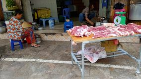 小圆面包cha食物摊位在河内 免版税库存照片
