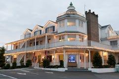 小圣诞节的旅馆 免版税库存图片