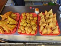 小在Bandra孟买印度吃 免版税库存照片