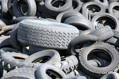 小块轮胎转储 库存照片