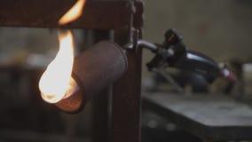 小型发焰装置在工厂 影视素材