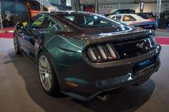 小型车Ford Mustang GT V-8 Fastback小轿车, 2016年 免版税图库摄影