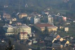 小城市在12月早晨 免版税库存照片