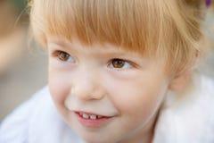 小女孩的面孔 库存照片