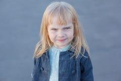 小女孩皱眉 图库摄影