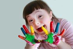 小女孩获得乐趣 库存照片