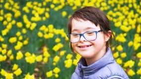 小女孩获得乐趣 免版税库存照片