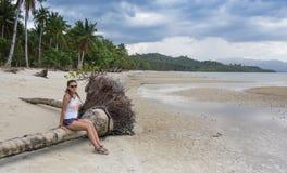 小姐有假期在热带手段 库存图片