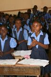 小学生在Petit布尔格de Port马戈特,海地 免版税库存图片
