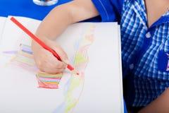 小孩图画的手 免版税库存图片