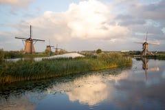 小孩堤防风车联合国科教文组织遗产荷兰 库存照片