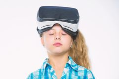 小孩子用途现代技术虚拟现实 学校学生的真正教育 得到真正经验 逗人喜爱的女孩 库存照片