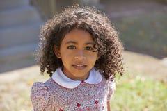 小孩孩子女孩画象拉丁种族 免版税库存照片